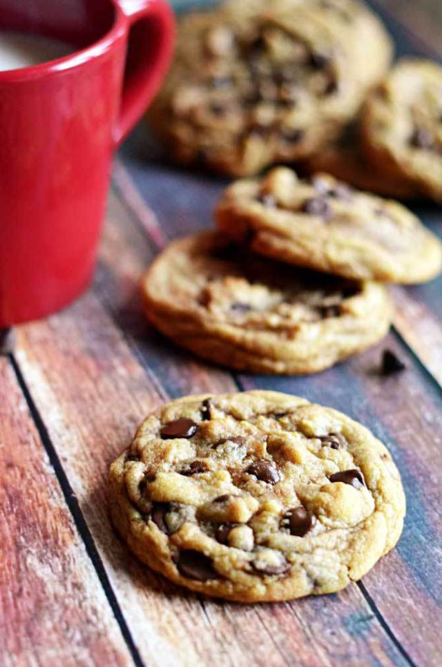 Best-Chewy-Cafe-Style-Chocolate-Chip-Cookies8